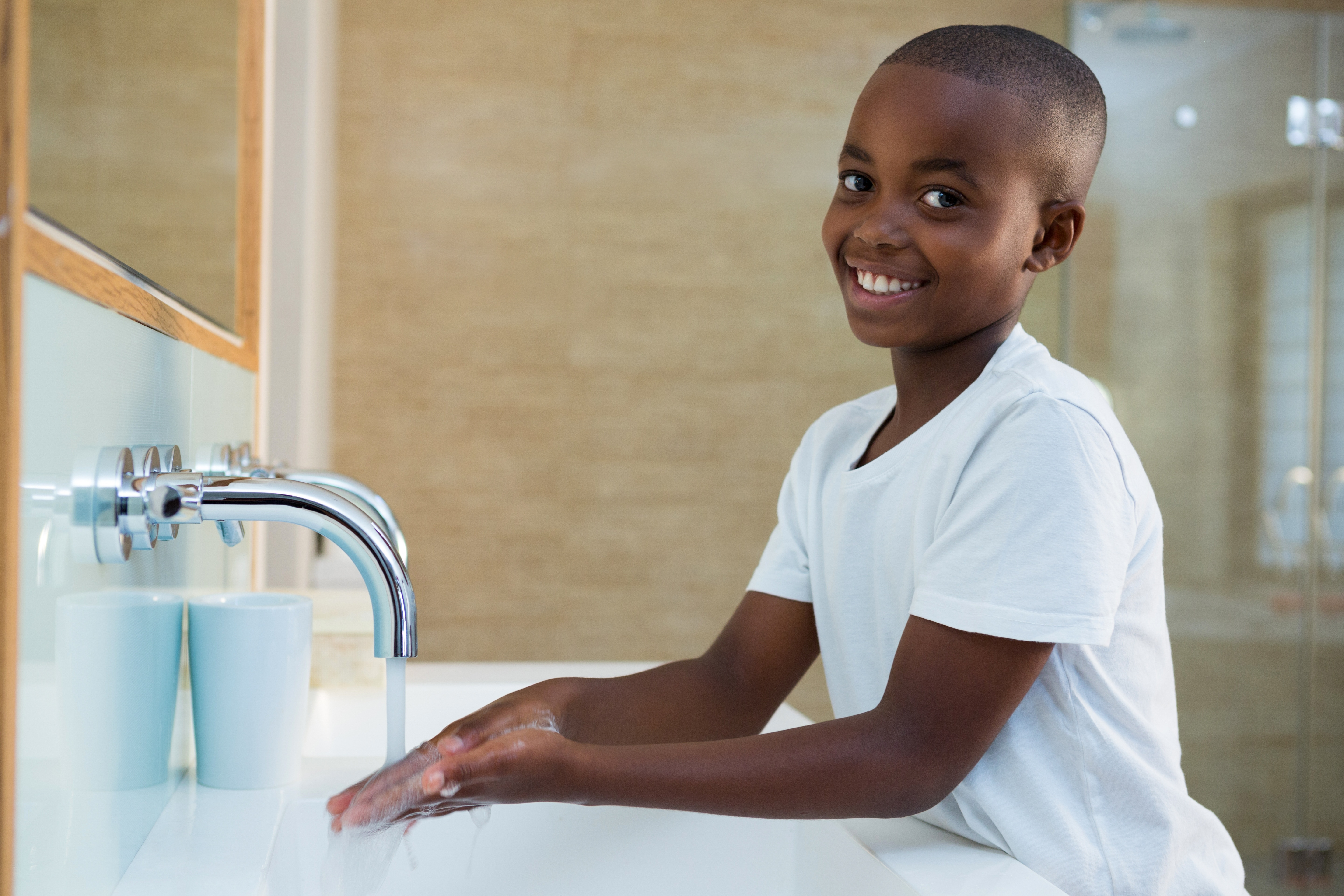 4 tricks will help you get your kids to wash their hands for 30 seconds